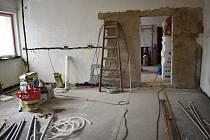 Rekonstrukce úřadu městyse Senomaty.