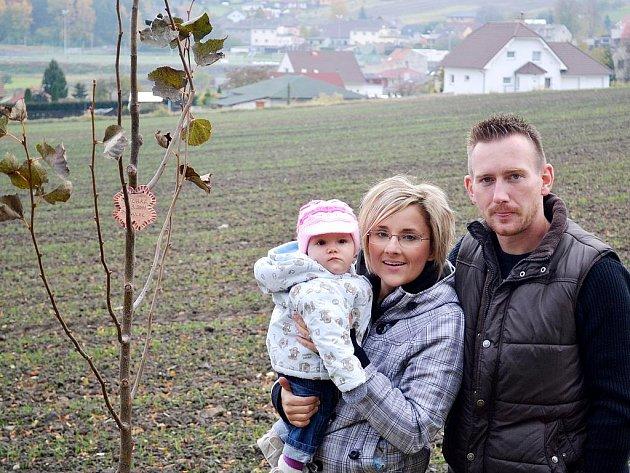 Nová tradice v Rynholci: každému novorozenci vysadí letos strom