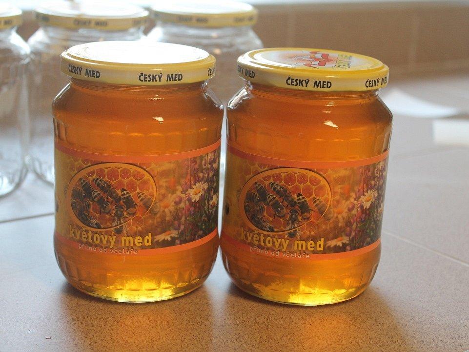U včelaře Bohuslava Ledviny