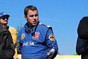 Rakovnický závodník Jakub Kubíček ve své druhé rozjížďce obsadil po famozní jízdě 2. místo.