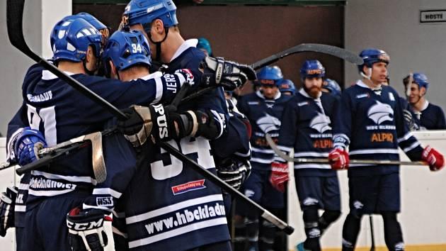 Rakovničtí hokejbalisté podlehli aspirantovi na titul mistra extraligy Alpiqu Kladno 0:5.