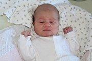 DENIS SUCHÝ, ŘEVNIČOV. Narodil se 8. října 2017. Po porodu vážil 2,85 kg a měřil 50cm. Rodiče jsou Denisa a Milan.