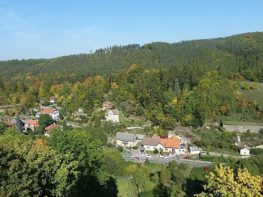 Pohled z hradu Křivoklátu.