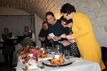 22. ročník soutěže O nejkrásnější a nejchutnější vánočku v sále dr. Spalové rakovnického muzea.