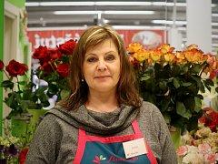 K Mezinárodnímu dni žen kupují muži nejčastěji květiny. V oblibě jsou gerbery, tulipány, růže a karafiáty.