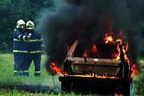 Ilustrační foto. Požár auta