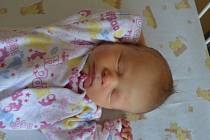 ADÉLA POKORNÁ, RAKOVNÍK. Narodila se 30. července 2019. Po porodu vážila 2,4 kg a měřila 43 cm. Rodiče jsou Denisa a Michal. Sestra Ema.