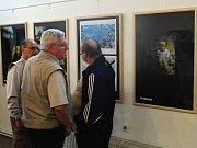 Na zahájení letos už třináctého ročníku fotografické výstavy se sešly desítky jejích obdivovatelů.