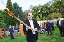 Senátor Marcel Chládek podpálil vatru