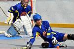 Pálili jako o život. Hokejbalisté Nového Strašecí si v posledním zápase letošního roku pořádně zastříleli. Oslabené rezervě Kovo Praha nastříleli devět branek