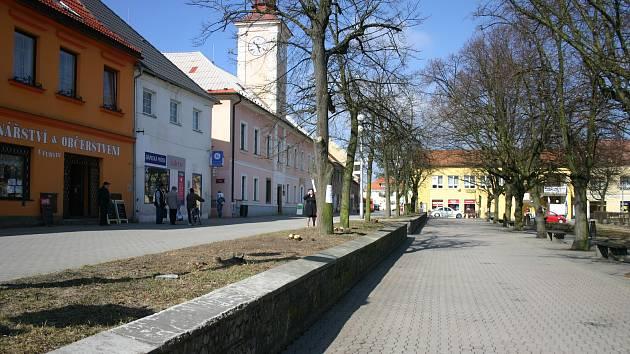 Náměstí J. A. Komenského v Novém Strašecí