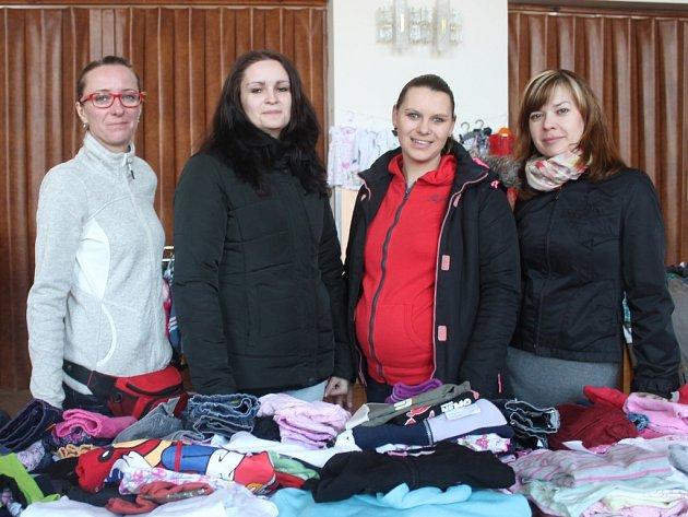 Burza dětského oblečení na Rudě