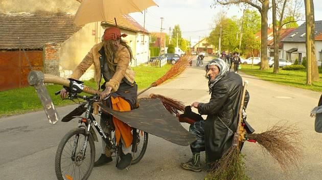 Pálení čarodějnice v Řevničově.
