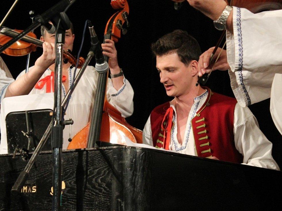 Čtyřlístek 2012 - Desatero