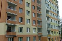 Panelové domy v Rakovníku - ilustrační foto