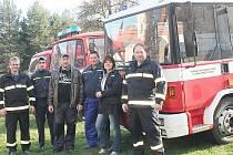Hředelští hasiči oslavili cisternu Dennis