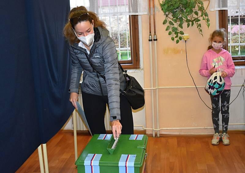 Volby v Kněževsi.