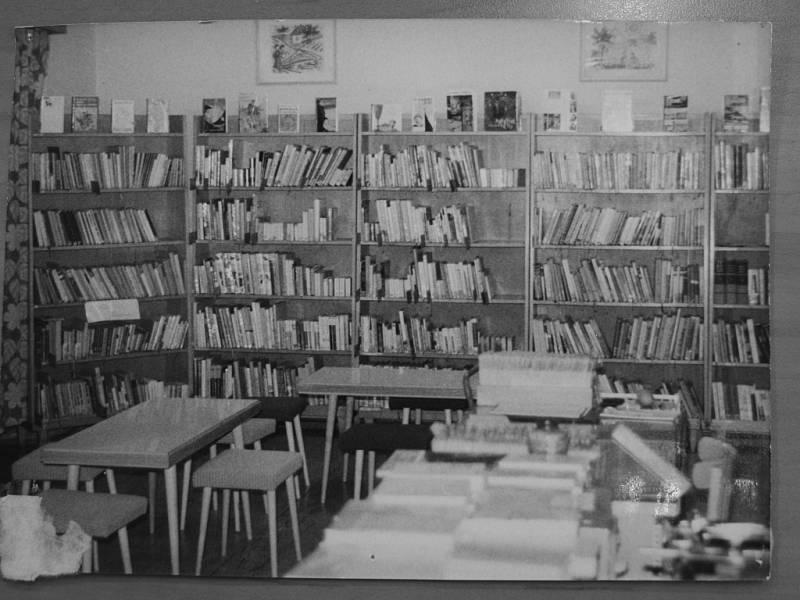 Historické foto z knihovny v Rakovníku