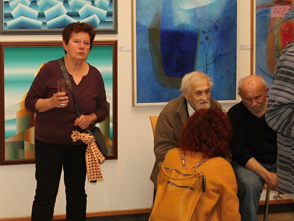 Spolek pražských výtvarných umělců zahájil výstavu v Nové síni Rabasovy galerie.