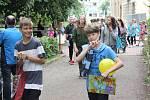Slavnostní předávání vysvědčení si užili také školáci v Rakovníku. Někteří z nich přímo ze školy zamířili třeba do hračkářství.