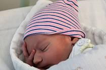 BENEDIKT NOVOTNÝ, VÝŠKOV. Narodil se 15. července 2020. Rodiče jsou Nina a Jan. Po porodu vážil 3,6 kg a měřil 53 cm.