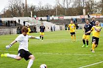 Fotbalisté SK Rakovník vyhráli po šesté v řadě, když zdolali Poříčí 2:0.