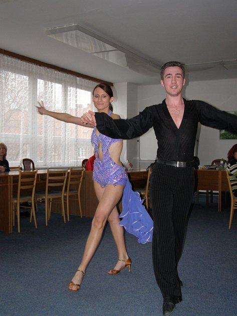 Nikola Burdychová a Ondra Ráža.