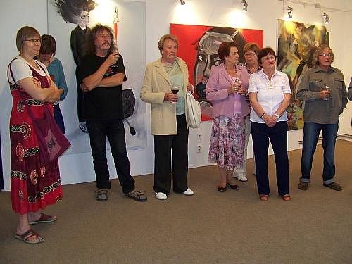 Výstava moderního umění z galerie Peron