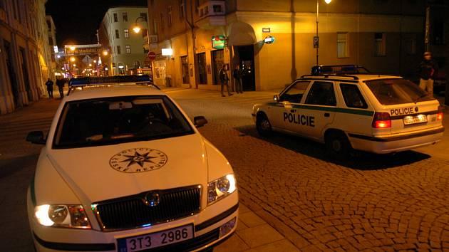 Policie má práce více než dost.
