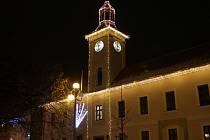 Budova historické radnice v Novém Strašecí.