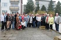 Setkání členů pěveckého sboru Ráček, který působil na První základní škole v Rakovníku