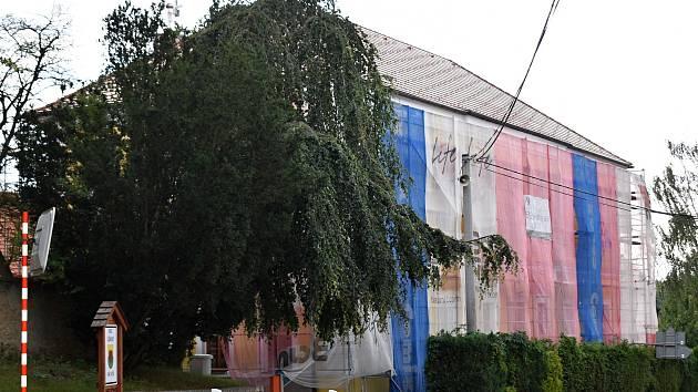 Rekonstrukce lišanské základní školy.