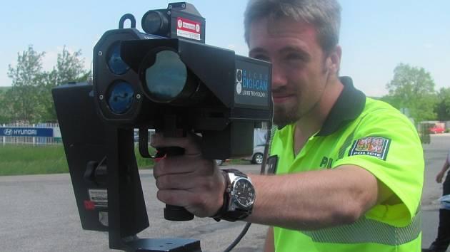 Měření rychlosti ilustrační foto