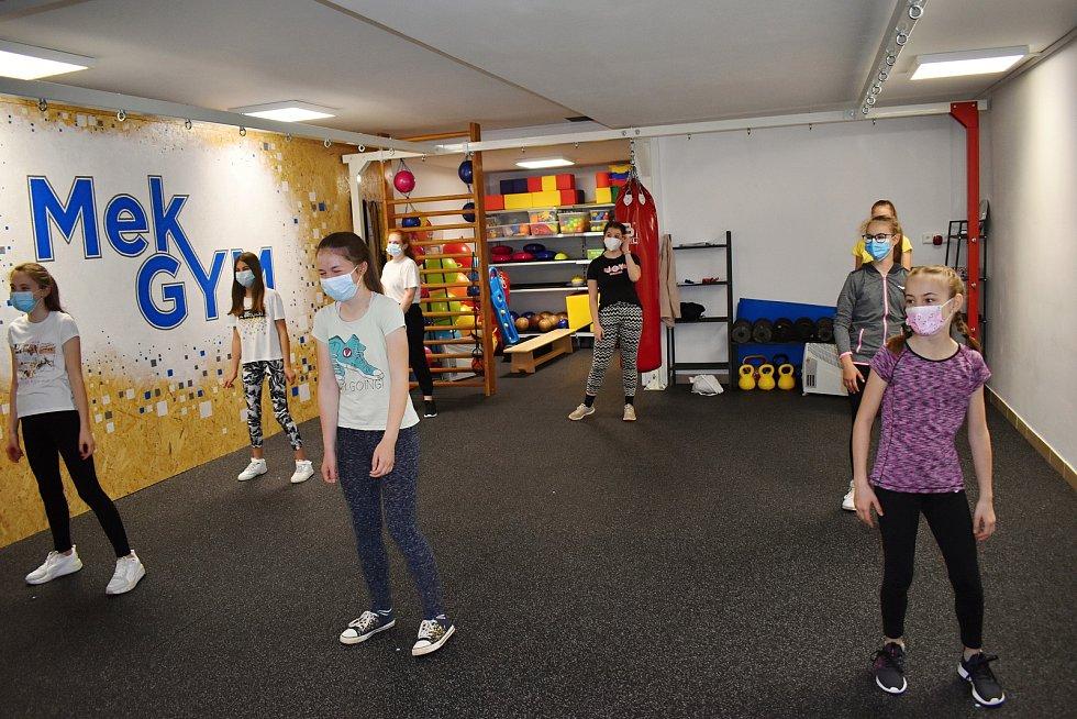 Ve Sportovním klubu Mek GYM v Rakovníku opět začaly skupinové aktivity.