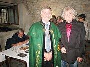 Hosty Ivy Ptáčkové v rakovnickém muzeu byli František Novotný a Jindřich Kraus.