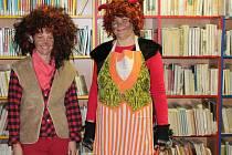 Pekelná konference se konala v knihovně