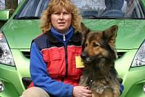 Ilona Morávková s německým ovčákem jménem Kristýna.