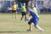Z fotbalového utkání I.B třídy Lány - Zavidov (3:1)