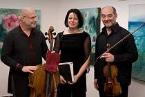 Z koncertu Smetanova tria v Heroldově síni Rabasovy galerie v Rakovníku.
