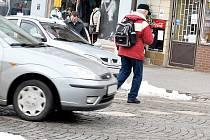 """Jeden z """"přechodů"""" na Husově náměstí v Rakovníku. Ilustrační foto"""