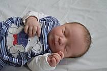 MATYÁŠ LADA, PRAHA. Narodil se 23. ledna 2019. Po porodu vážil 3,9 kg. Rodiče jsou Linda a Jan.