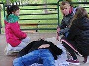 V Čermákových sadech se uskutečnila Soutěž mladých zdravotníků. Krajské kolo se uskuteční 31. května v Mladé Boleslavi.