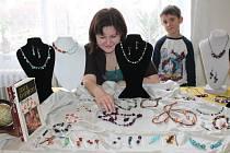 První vánoční jarmark v Řevničově připravily řevničovské tvořilky
