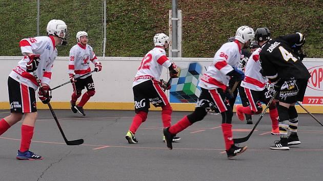Hokejbalisté Rakovníka sehráli dva zápasy, v nichž musela rozhodnout prodloužení