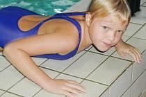 Zatímco se s dětmi cachtáte v bazéně, může vaši skříňku někdo prohlížet. Nedávejte mu šanci na dobrý lup!