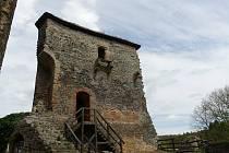 Možná už letos bude zpřístupněna unikátní kaple hradu Krakovec.