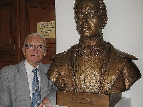 Slavnostní odhalení busty J. K. Tyla