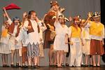 Závěrečné vystoupení tanečního oboru ZUŠ Rakovník v Tylově divadle v Rakovníku.