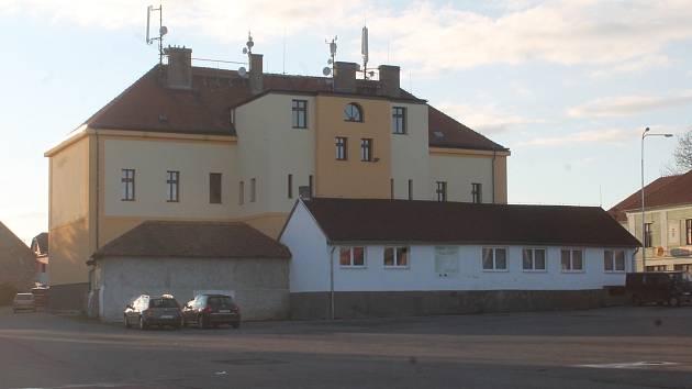 Škola ve Mšeci