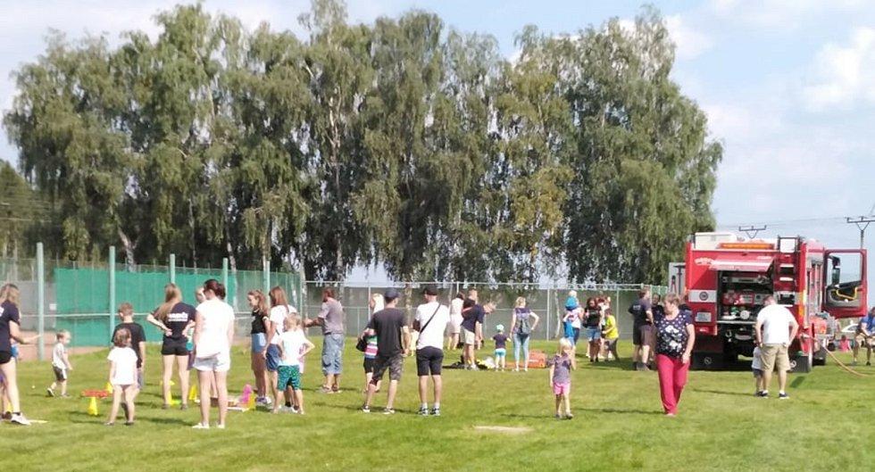 Rozloučení s létem na fotbalovém hřišti v Novém Strašecí.